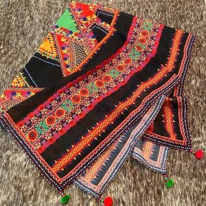 Beautiful Neck scarf .
